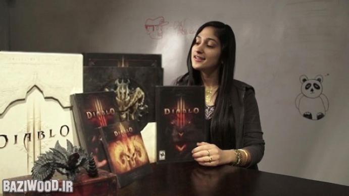 تینا امینی در حال باز کردن نسخه Collector's Edition بازی Diablo III
